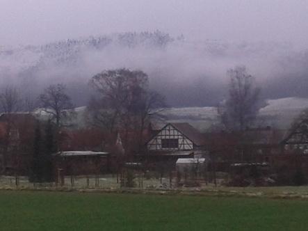 Wolke und Schnee im Tal_101837