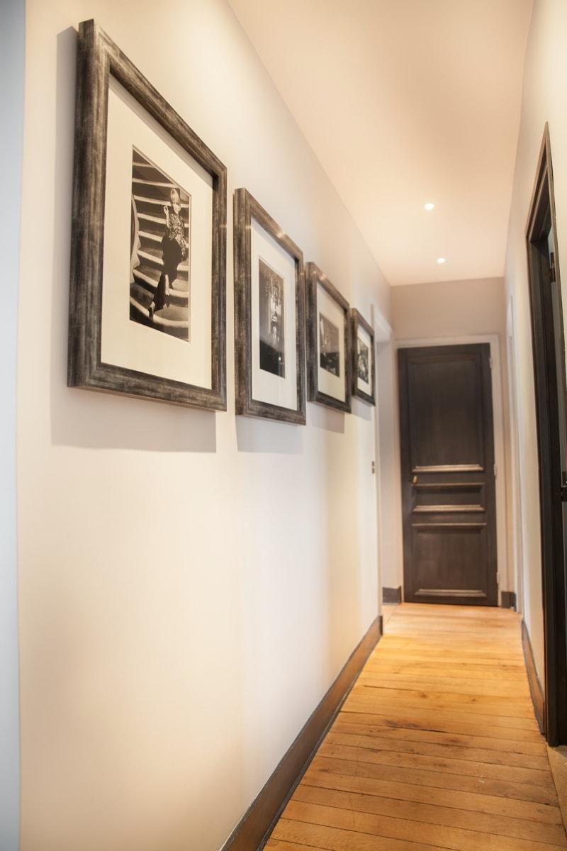Couloir vers le hall d'entrée