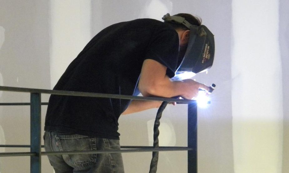 pose de garde-corps - hugo ferronnerie