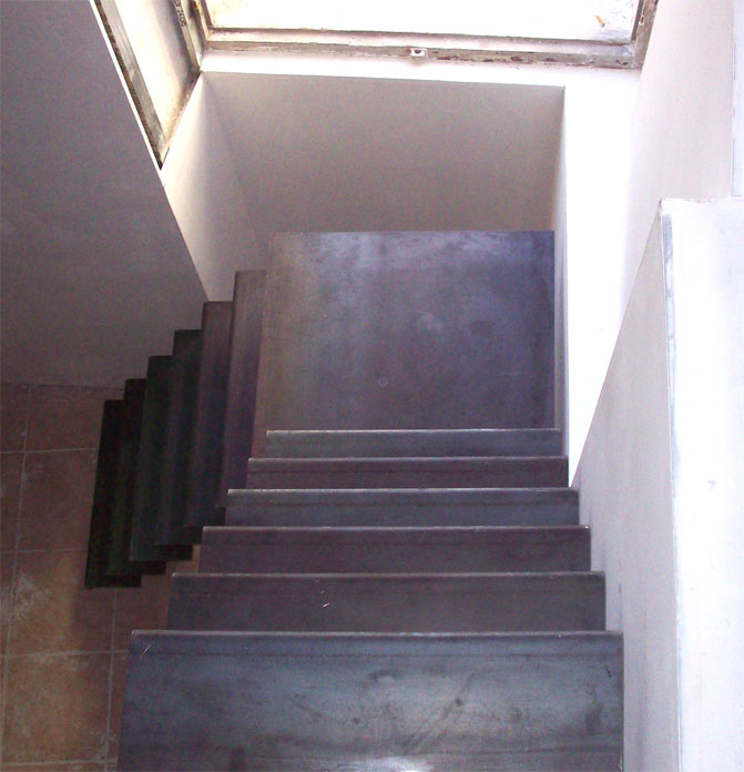escalier limon central vue de haut - hugo ferronnerie