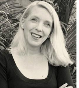 Photograph of artist Fabienne Delacroix
