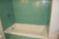 Bisazza bathtub surround - Cramiques Hugo Sanchez Inc