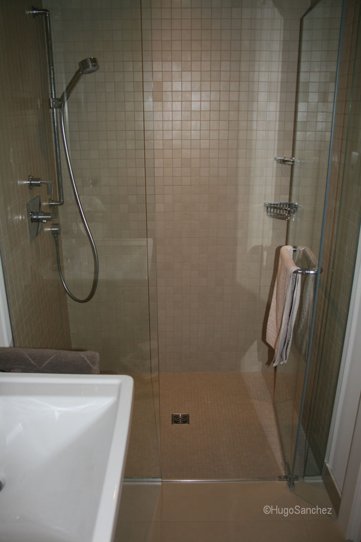 mosaic kitchen tile stainless steel grid for sink basement curbless shower - céramiques hugo sanchez inc