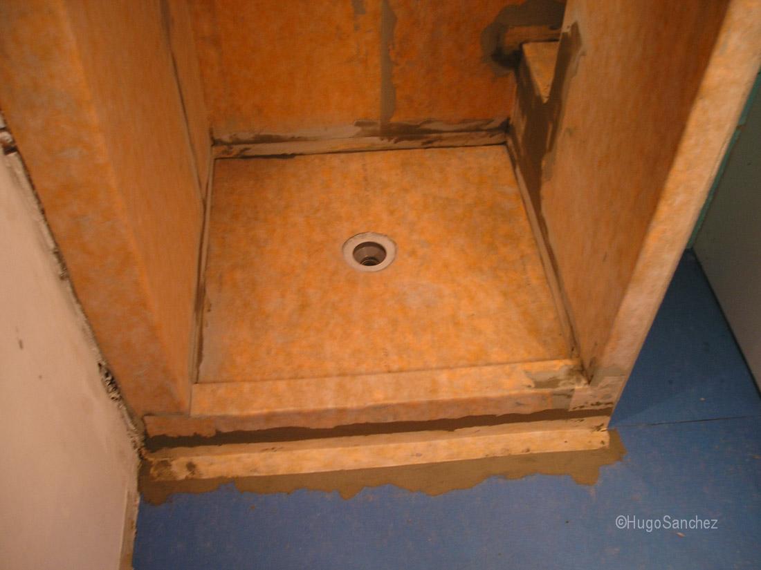 Glass tile shower  Cramiques Hugo Sanchez Inc