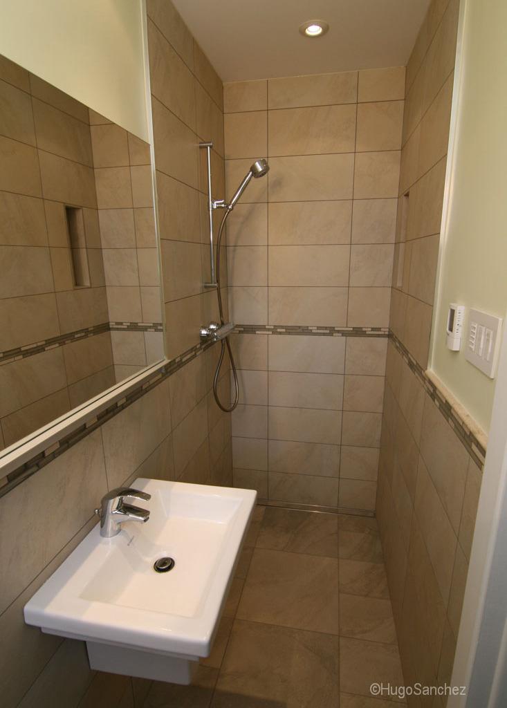 Open doorless shower  Cramiques Hugo Sanchez Inc