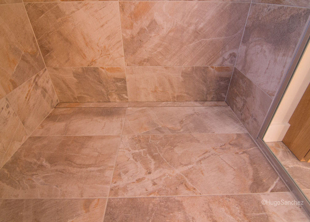 Custom tile shower  Cramiques Hugo Sanchez Inc