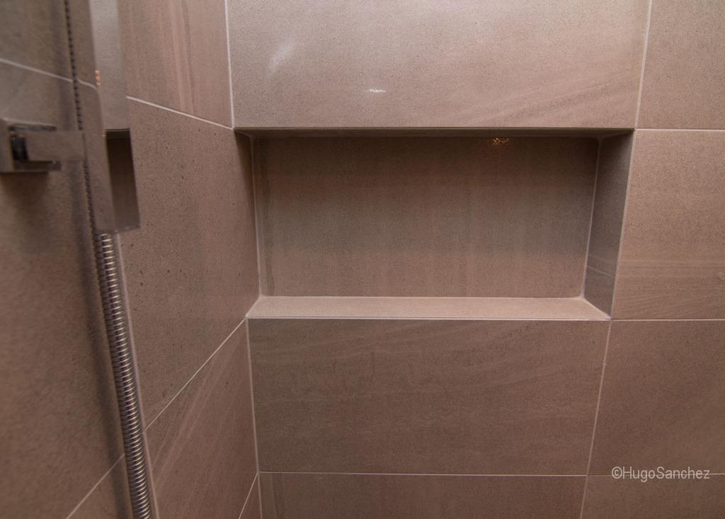 Douche plancher chauffant  Cramiques Hugo Sanchez Inc