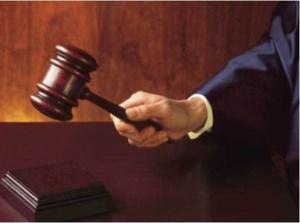 Court-Hammer