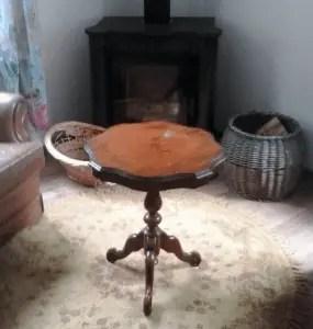 tafeltje voor