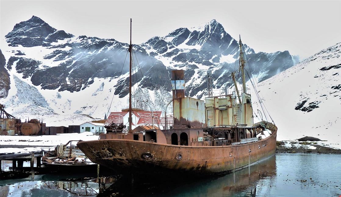 The Viola on the beach at Grytviken. Picture: www.violatrawler.net