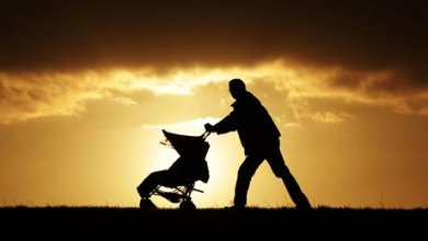 Photo of Paternity leave: New fathers deal with what companies dole out
