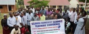 Gruppenbild bei einer Konferenz humanistischer Pädagoginnen in Uganda. Foto: © privat