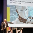 Über das Verschmelzen von maschineller und menschlicher Moral sprach vor der Abschlussdiskussion am Sonntag Prof. Dr. Oliver Bendel. Foto: HMA / A. Platzek