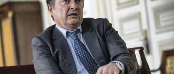 Pour Stéphane Peu, l'exécutif « demande tous les pouvoirs et se défausse sur les maires, les directeurs d'établissement et les chefs d'entreprise   ». © Julien Jaulin/Hans Lucas