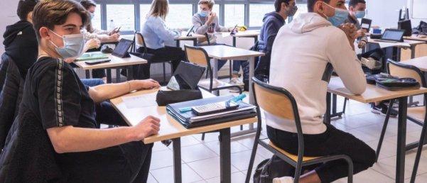 Des élèves mal préparés, dans le « flou total ». L'angoisse monte à l'approche du « grand oral », épreuve phare de la réforme, maintenue coûte que coûte. © SYSPEO/SIPA