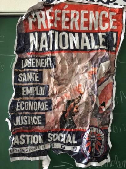 Affiche du Bastion social, objet de l'agression des étudiants par les identitaires du Bastion social.