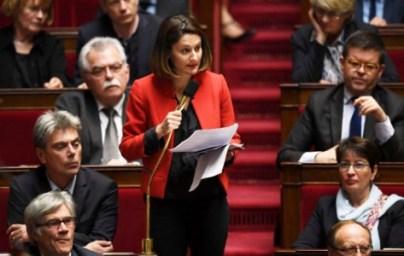 La députée communiste Elsa Faucillon va demander au Premier ministre, à l'Assemblée ce mardi, s'il entend régler tous les problèmes qui se posent à lui à coup de CRS. Photo : Christophe Archambault/AFP