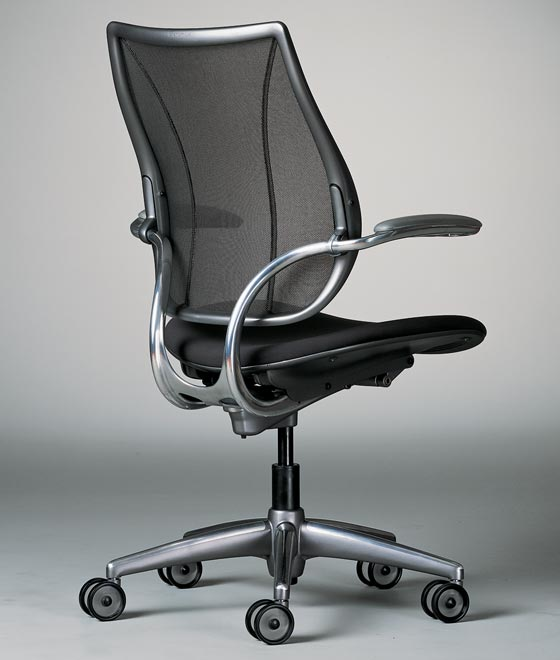 posture chair demo hairdressing chairs canada ergonomic office desk seating humanscale stools