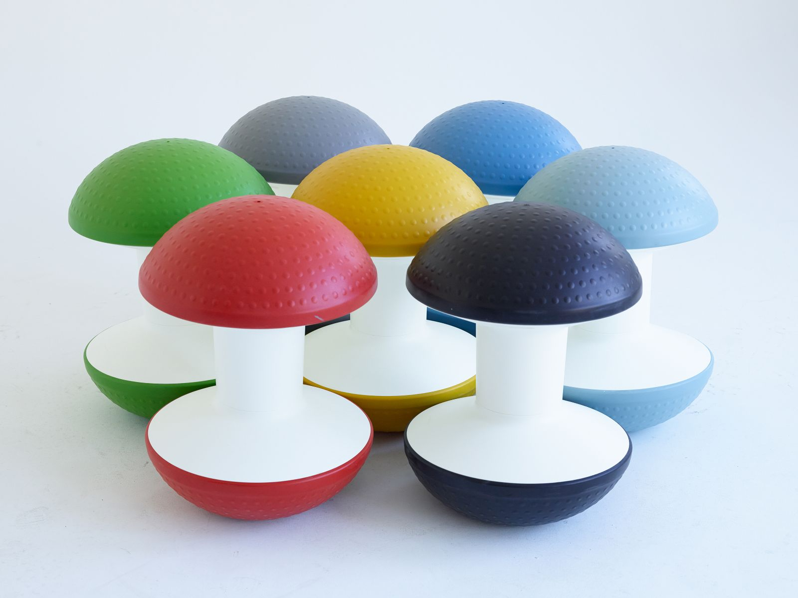ergonomic chair exercise ball original yankee stadium chairs ballo stool active sitting innovative humanscale res