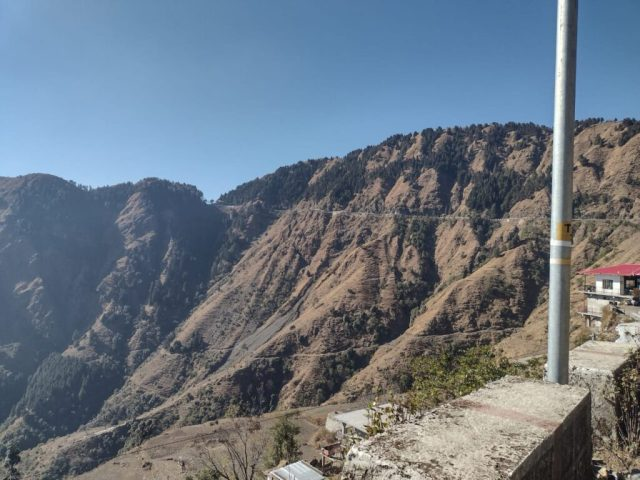 Mussoorie To Siddhpeetha Maa Surkanda Devi Temple Road View