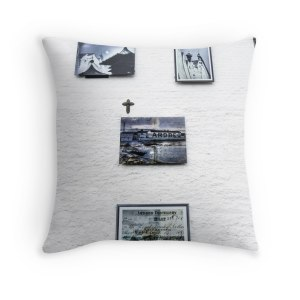 ardbeg-photo-wall-throw-pillow