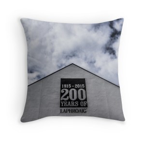 laphroaig-distillery-throw-pillow