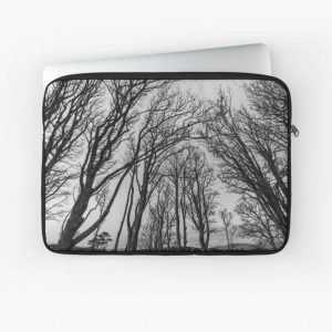 winter-foliage-islay-laptop-sleeve