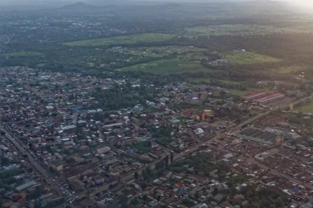 Nach dem Start der Blick auf Arusha
