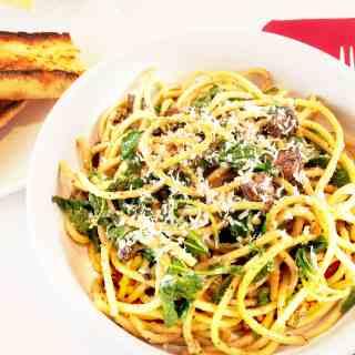 Lemony Arugula Spaghetti Cacio e Pepe (from Chrissy Teigen)