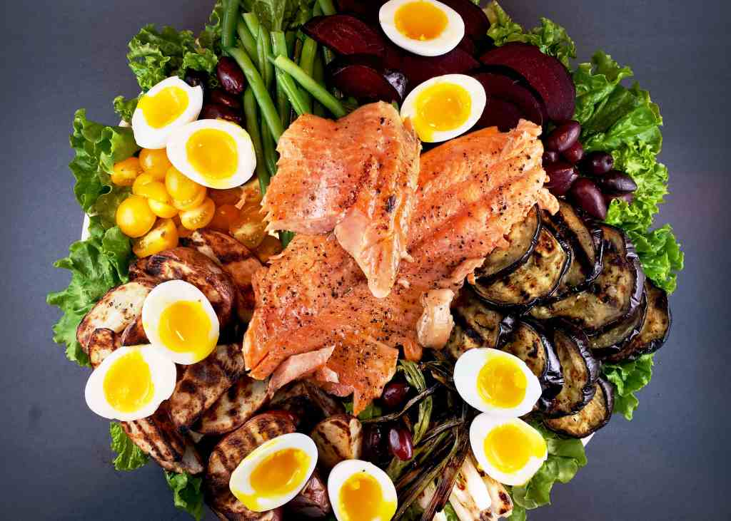 Grilled Salmon Nicoise Salad
