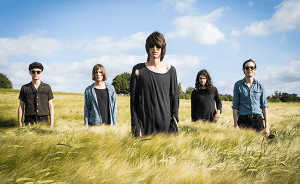 "Nuevo video de The Horrors: ""Something To Remember Me By"""