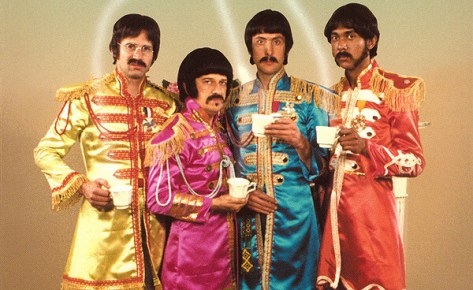 https://i0.wp.com/www.humonegro.com/wp-content/THE-RUTLES-ALL-YOU-NEED-IS-CASH-FRONTAL.jpg?w=474&ssl=1