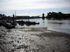 Hammersmith Bridge, London, anti-terror Zone Two Chapter Twenty Three