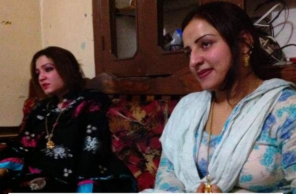 پاکستان میں جسم فروشی کے 'ڈیرے'