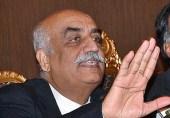پارلیمینٹ پر لعنت بھیجنے والوں کو سیاست کا حق نہیں: خورشید شاہ