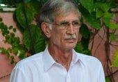 پی ٹی آئی رہنماؤں کو سیاست سکھانی پڑے گی: پرویز خٹک