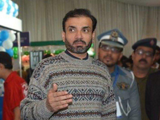 ڈپٹی کمشنر گوجرانوالہ سہیل احمد ٹیپو نے مبینہ طور پر خودکشی کر لی: ہاتھ بندھے ہوئے تھے