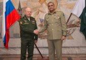 پاکستان روس کے ساتھ فوجی روابط بڑھانا چاہتا ہے؛ آرمی چیف