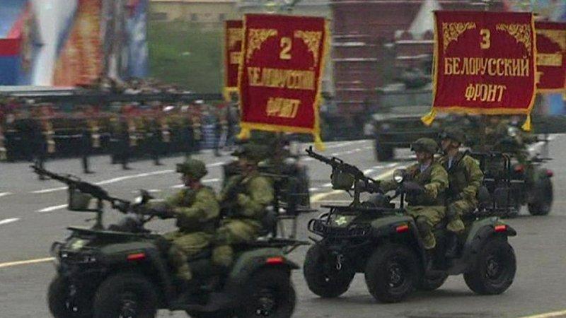 Russian troopsروس، پریڈ