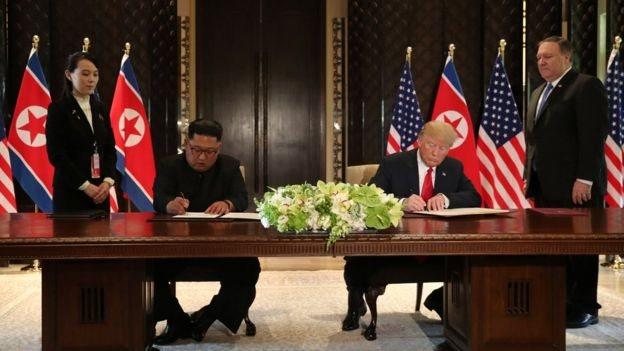 کم جونگ سے ملاقات کے بعد صدر ٹرمپ نے مشترکہ عسکری مشقیں ملتوی کرنے کا اعلان کیا تھا۔
