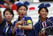 جاپانی شائقین نے پورے سٹیڈیم کی صفائی کر دی