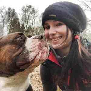 Claudi Scheiblich unterstützt mich bei Sanny's Dogwalker Ausbildung