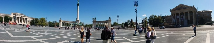 Heroes Square panorama