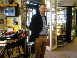 Hungerford Arcade Bargain Hunt with Nick Hall