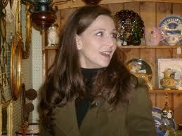 Hungerford Arcade Bargain Hunt Kate Bateman