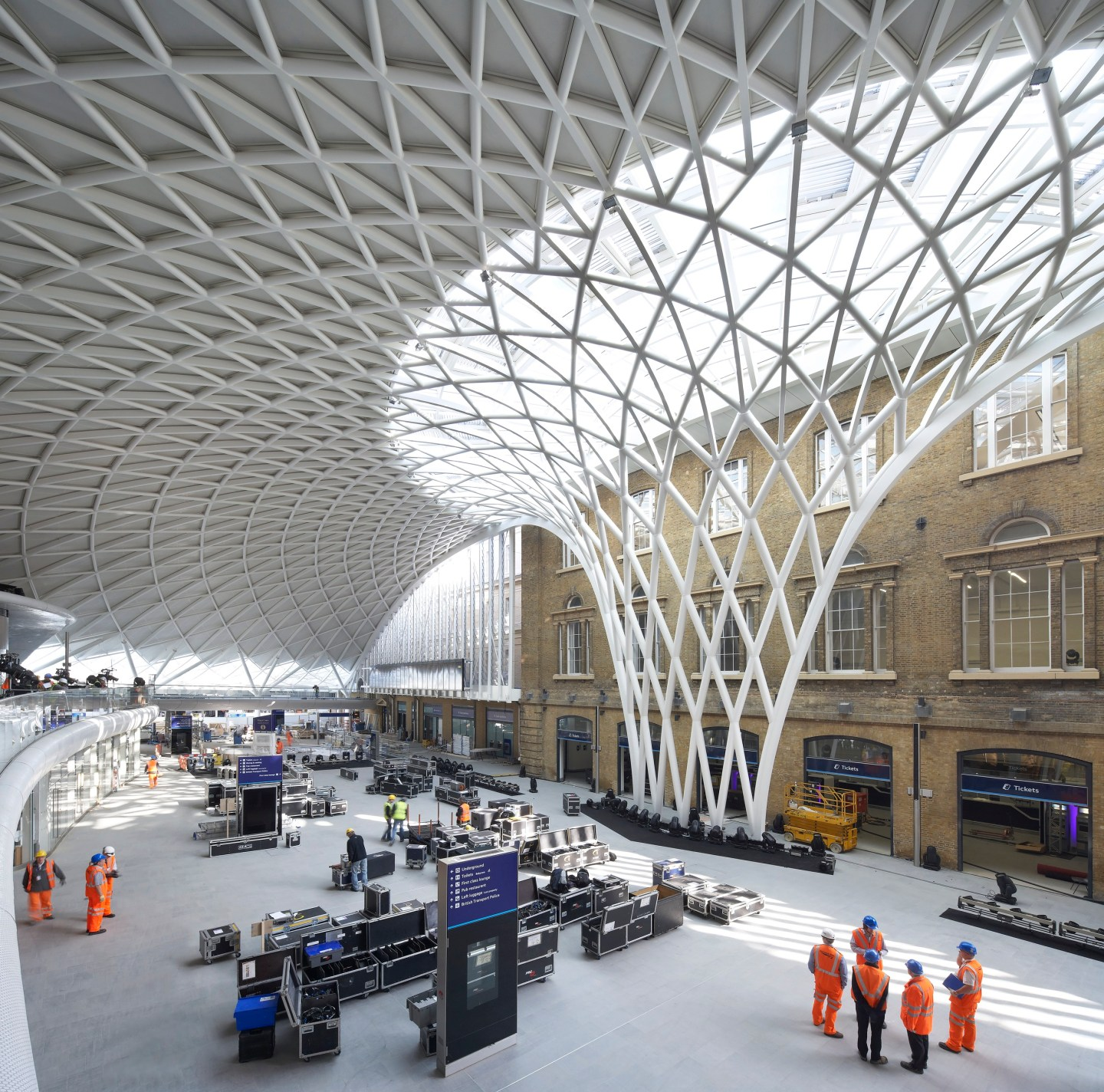 Kings-Cross-2-©-Hufton-and-Crow