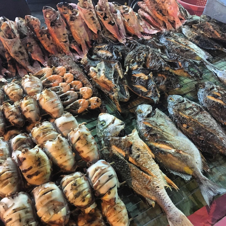 Grilled seafood at Kota Kinabalu night market