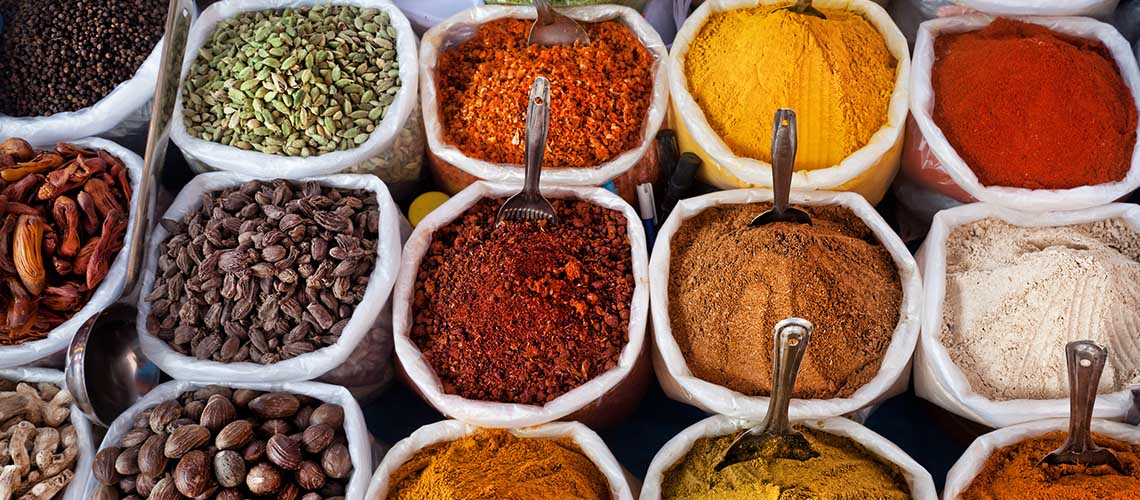 Traversing Through Bangalore's Gullies of Spices at the Old Market