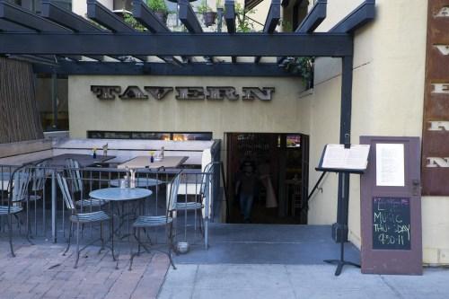 tavern.9036
