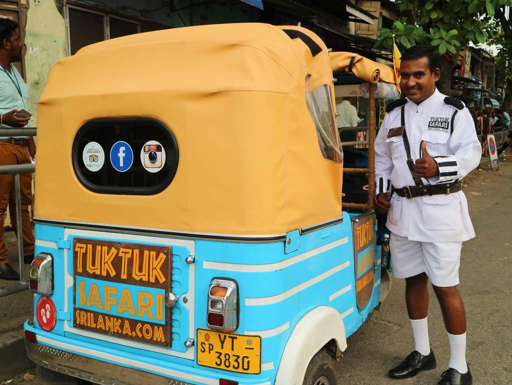 colombo-tuk-tuk-safari-hungrytravelduo